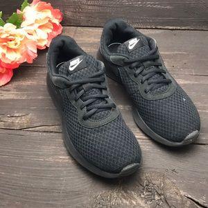 Nike Tajun Casual Sneakers Size 8